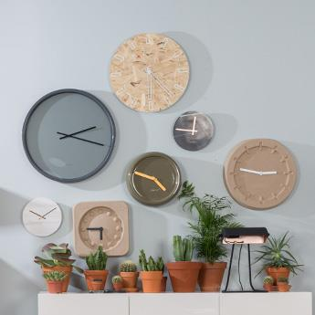 Zuiver Clocks