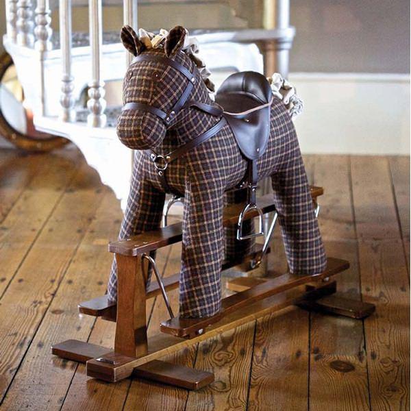 LB3044-Tennyson-Rocking-Horse-Lifestyle-001