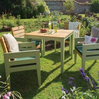 Enjoy the Summer with a Garden Makeover