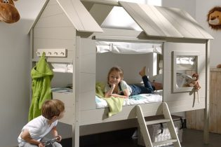 Charlotte-Childrens-House-Bed 2