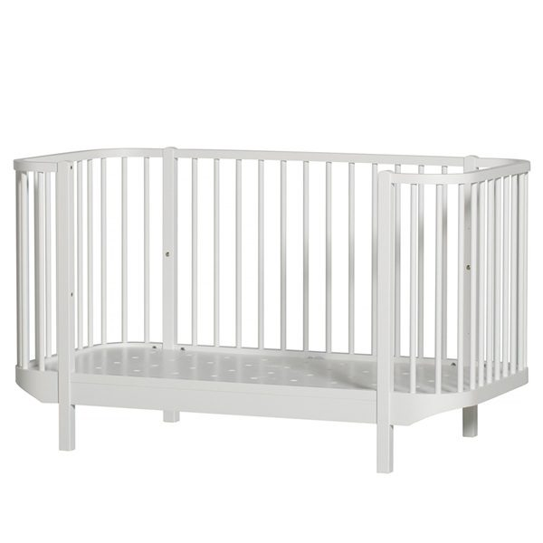 Oliver-Furniture-White-Adjustable-Cot
