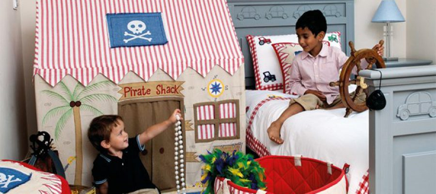 Pirate-Bedroom-Boys-Playing-Lifestyle-Win-Green