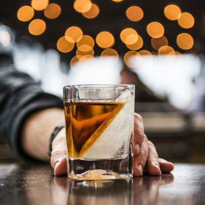 Whiskey-Wedge-Drinks-Tumbler-Lifestyle