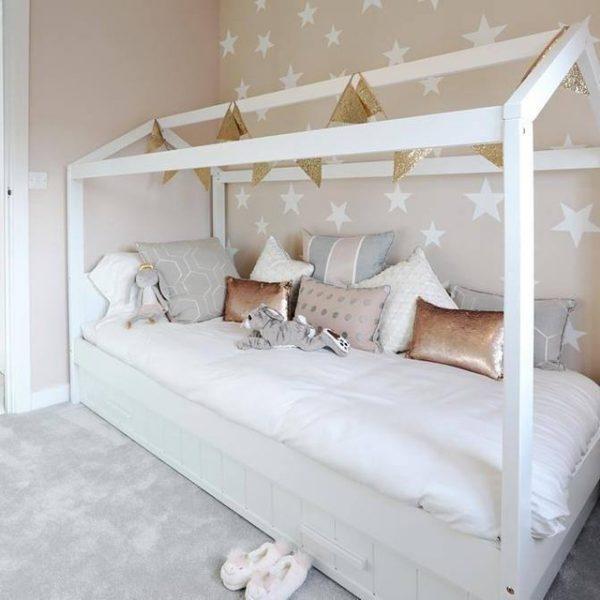 Erik Kids House Cabin Bed