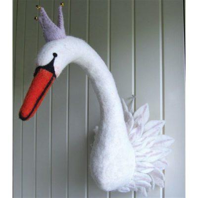 odette-swan-head-sew-heart-felt-cuckooland