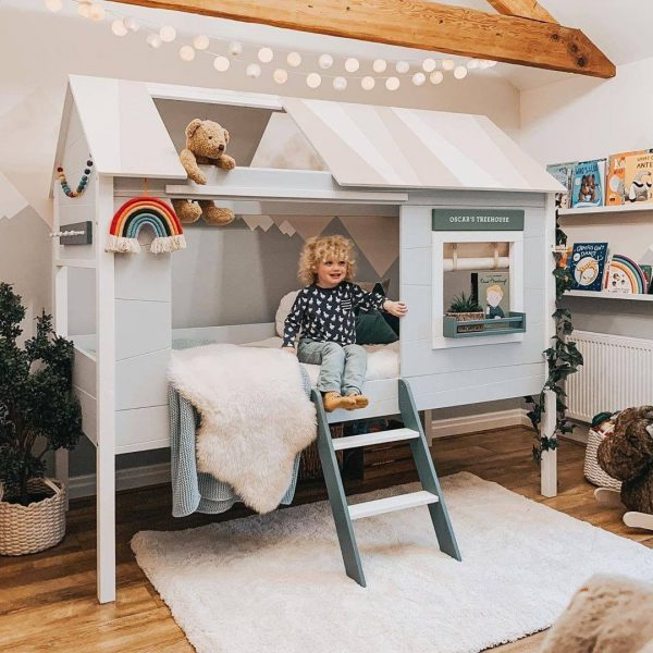 Charlotte Treehouse Bed