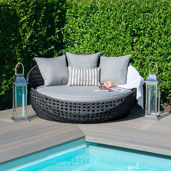 Maze Rattan Amore Daybed
