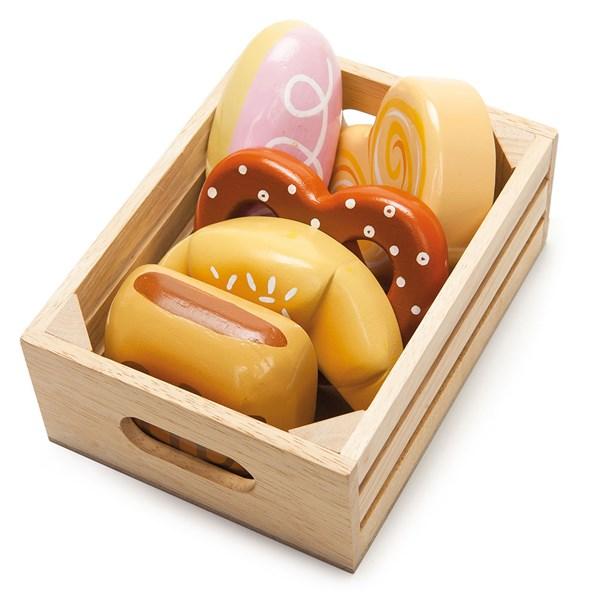 Le Toy Van Bakers Basket for Honeybee Market