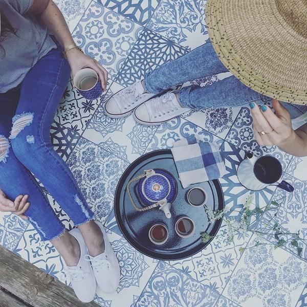 Beija Flor Authentic Eclectic Lace Vinyl Runner