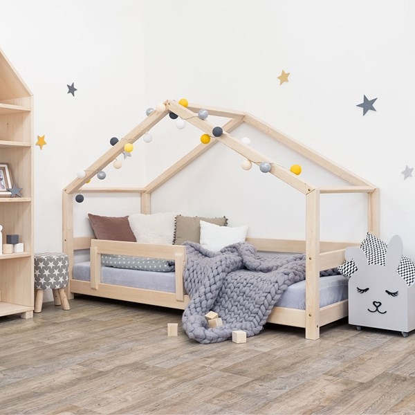 Benlemi Lucky House Bed with Guard Rail