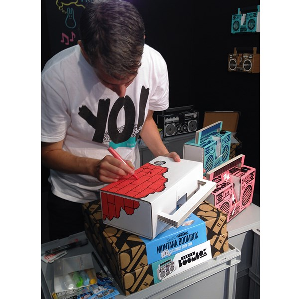 Berlin Boombox with 6 Pens Included