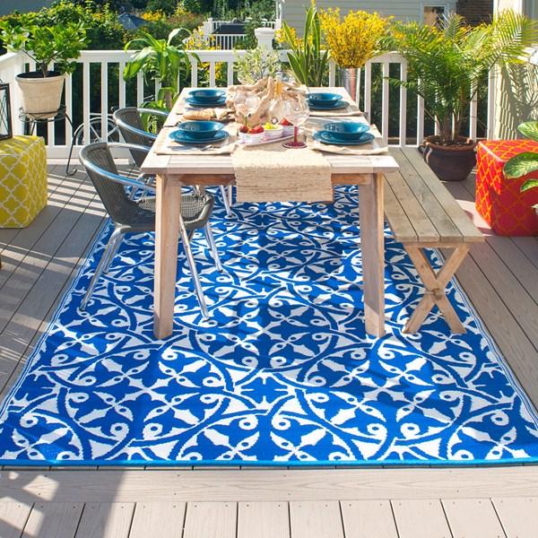 Blue and White Tile Print Garden Rug