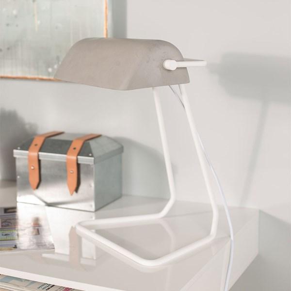 Broker Vintage Style Desk Lamp in Concrete