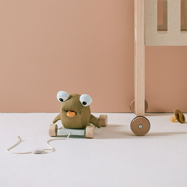 Kids Concept Otto The Mudskipper Pull Along Kids Toy
