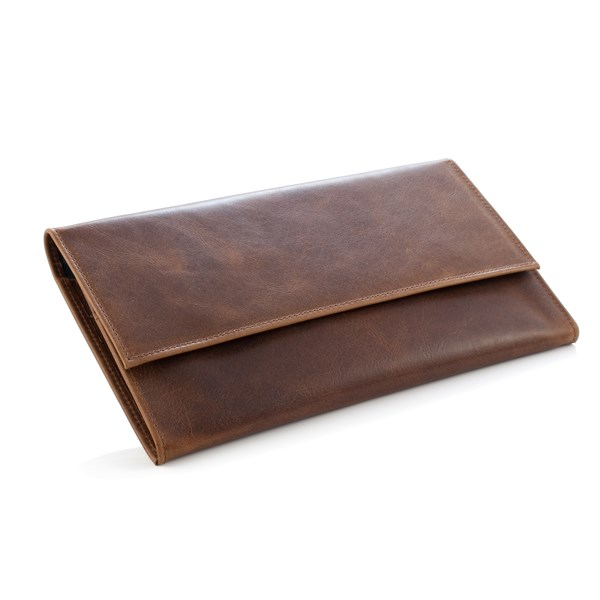 DAINES & HATHAWAY Leather Travel Wallet in Rusty Blaze