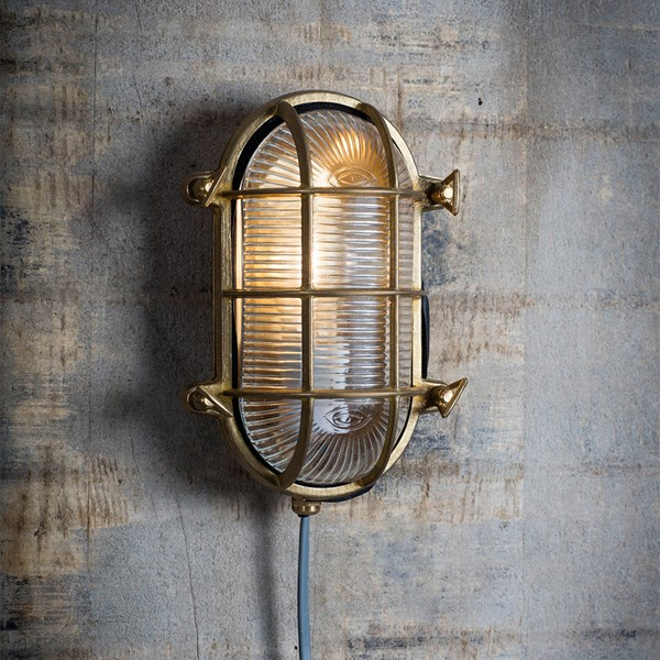Devonport Bulk Head Outdoor Light Brass