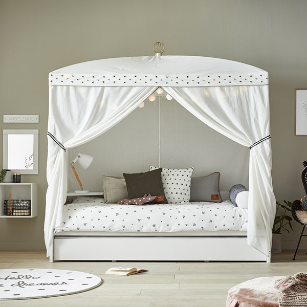 Lifetime Dottie Four Poster Bed