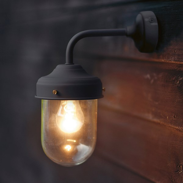 Garden Trading Barn Garden Wall Light