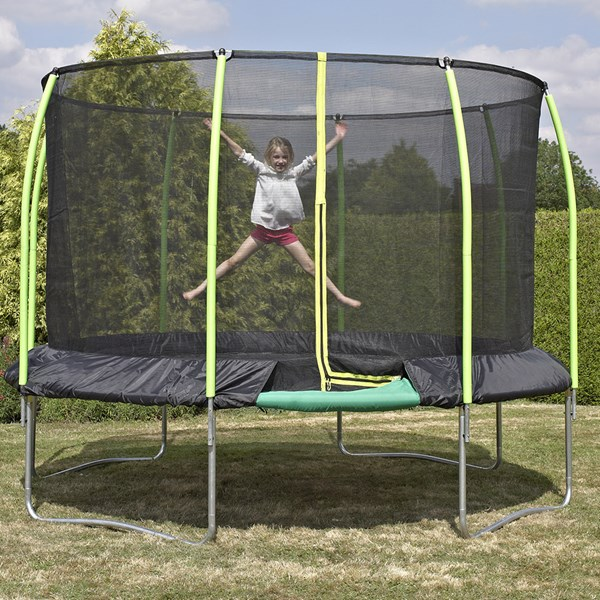 Challenger Round Trampoline with Surroundsafe