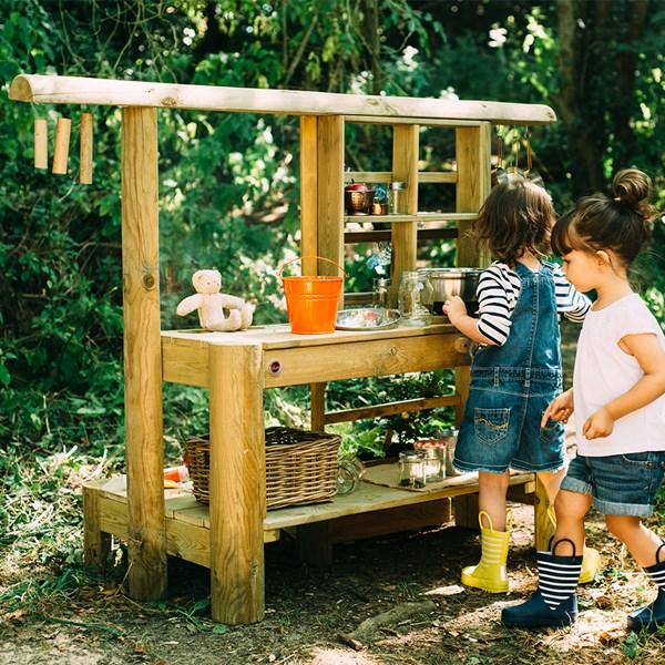 Plum Discovery Children's Mud Pie Play Kitchen