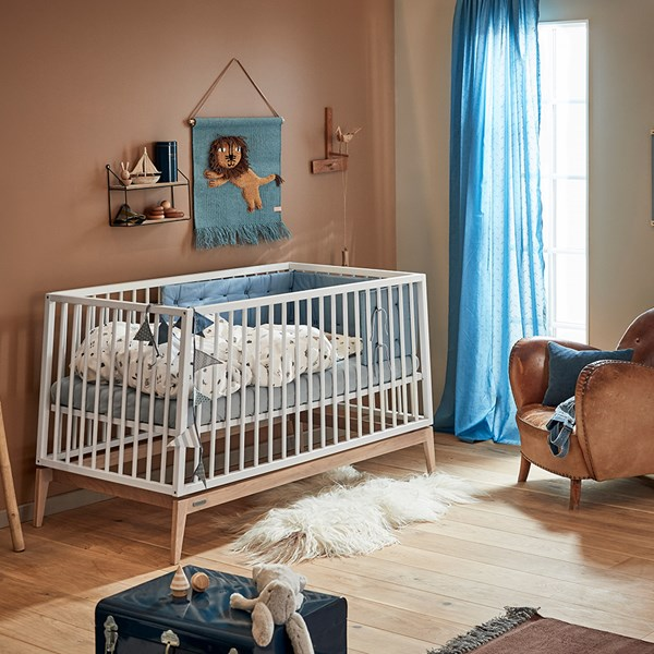 Modern Cot Bed with Removable Side