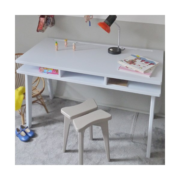 Kids Desk in White Madavin Design by Mathy By Bols