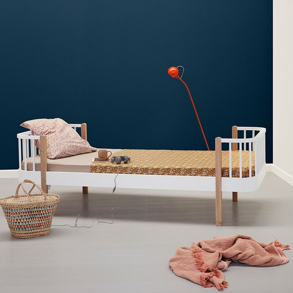 Oliver Furniture Contemporary Wood Single Bed in Oak & White