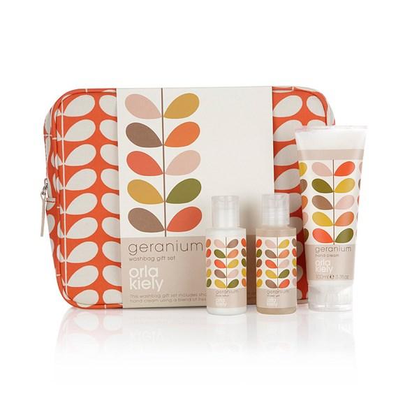 Orla Kiely Geranium Wash Bag Gift Set