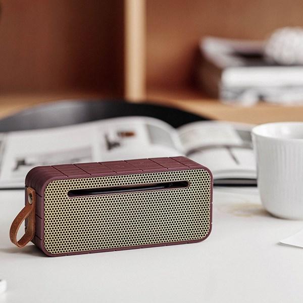 aMove Bluetooth Speaker in Plum