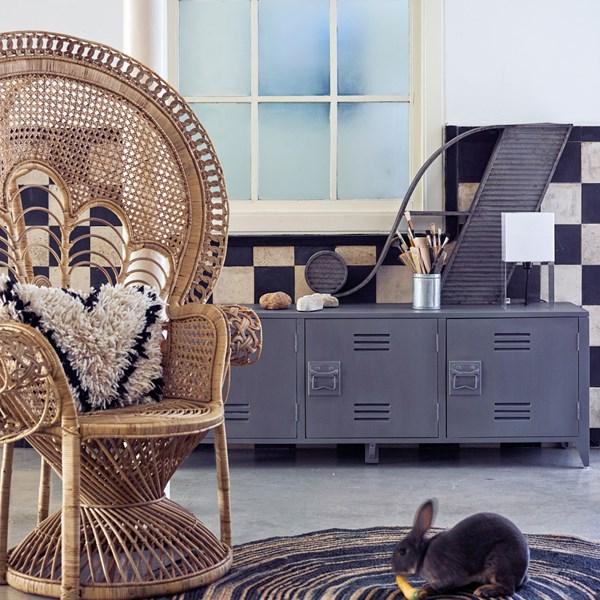 Retro Rattan Peacock Chair in Natural Finish