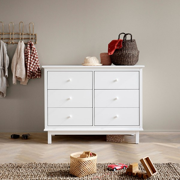 Oliver Furniture Seaside Chest of Drawers