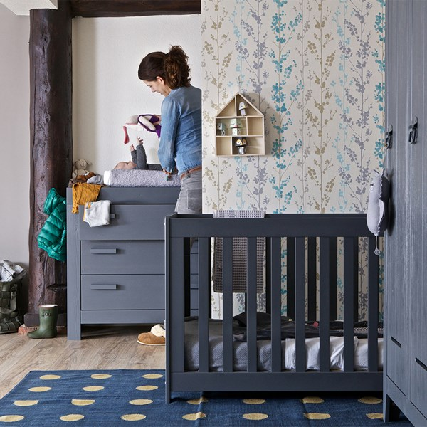 New Life Baby Cot in Brushed Steel