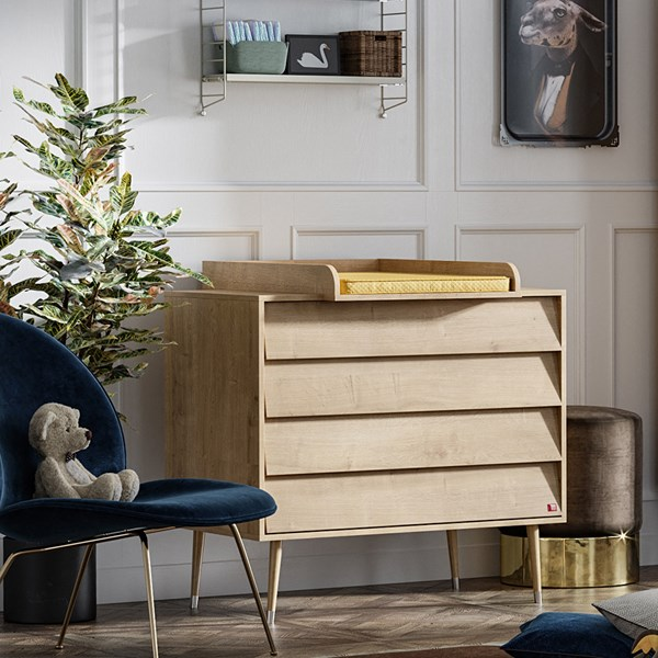 Vox Bosque Chest of Drawers