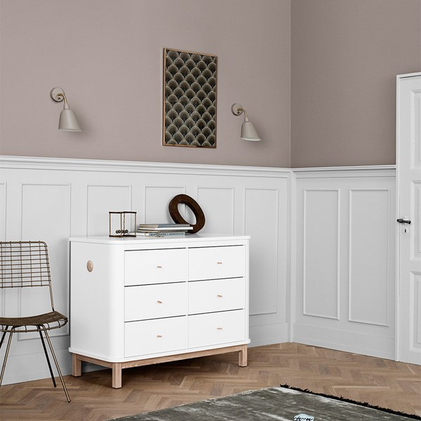 Wood Modern Chest of Drawers in White and Oak