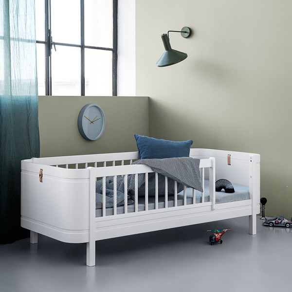 Oliver Furniture Wood Mini+ Kids Junior Bed in White