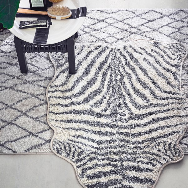 Zebra Print Bathmat in Black and White