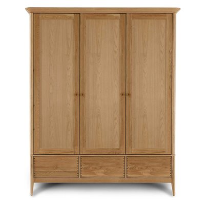 WILLIS & GAMBIER SPIRIT TRIPLE WARDROBE with 3 Drawers