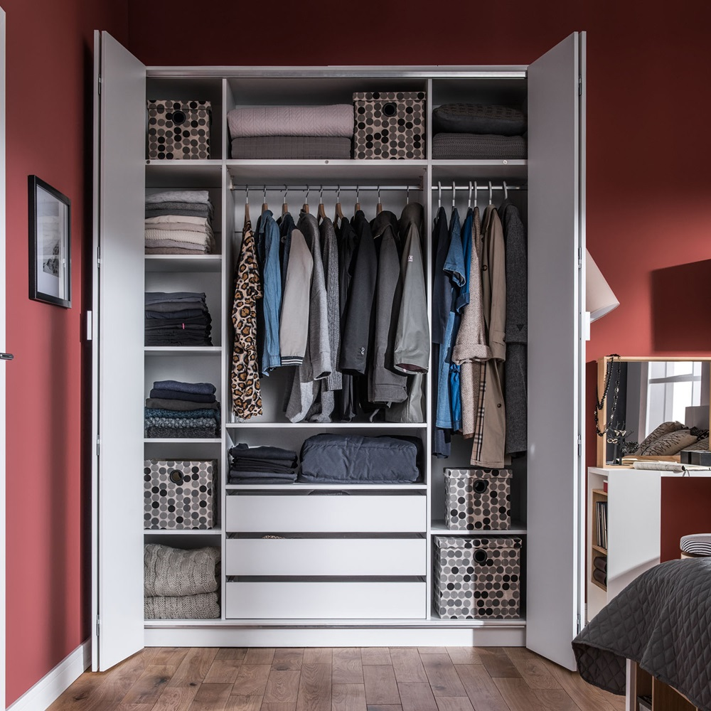 4you bi fold 4 door wardrobe with built in drawers in for Bedroom built in cupboard designs and size