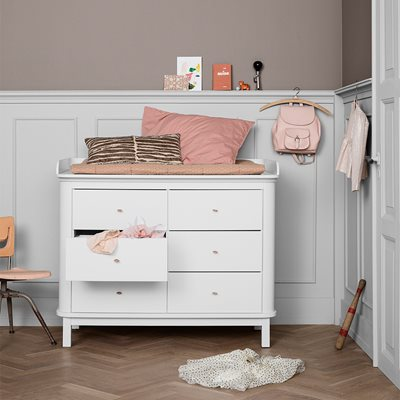 Oliver Furniture Contemporary Wood Chest of Drawers in White