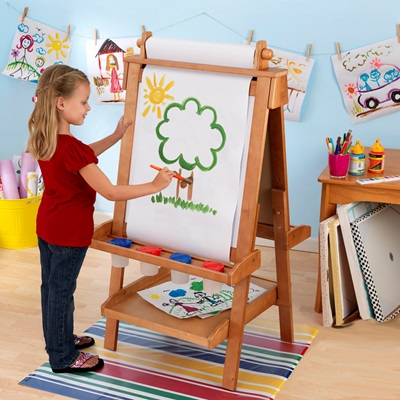 KIDS WOODEN ADJUSTABLE EASEL in Honey