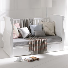 Alaska-Day-Bed-Conversion-From-Cot-Bed-In-White.jpg