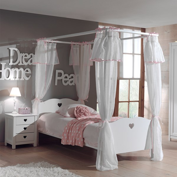 Amori Four Poster Bed with Curtains
