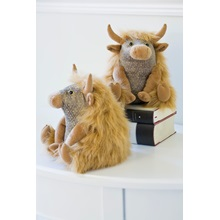 Angus-Highland-Cow-Pair-Of-Bookends-By-Dora-Design..jpg