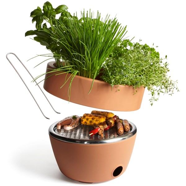 BLACK + BLUM Hot Pot BBQ & Herb Garden