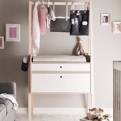 SPOT BABY CHANGING UNIT WITH DRAWERS in White & Acacia