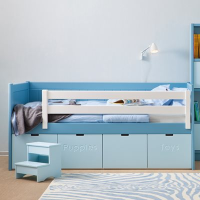 BAHIA STORAGE KIDS BED with Step Stool