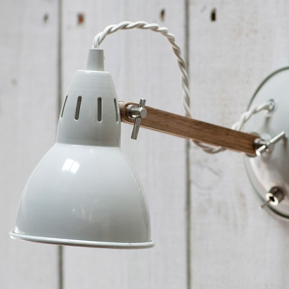 Bermondsey Wall Light Oak : Bermondsey Wall Lamp In Oak - Lighting Cuckooland