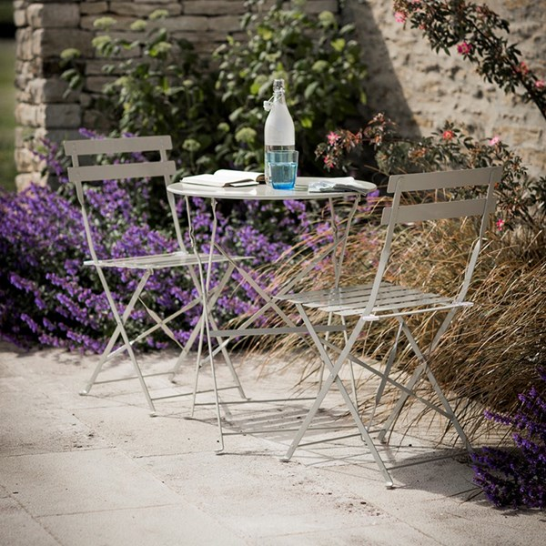 Garden Trading 2 Seater Bistro Table and Chairs Set in Clay