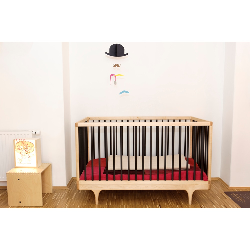 kalon studios caravan cot toddler bed in black kalon. Black Bedroom Furniture Sets. Home Design Ideas