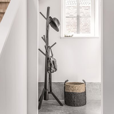 WOODEN COAT STAND in Black